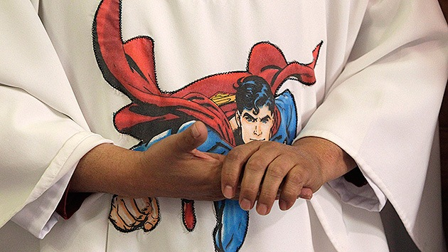 La cuarta parte de los británicos cree que Superman es un personaje de la Biblia