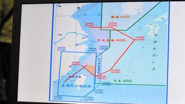 EE.UU. y China 'chocan' por el espacio aéreo
