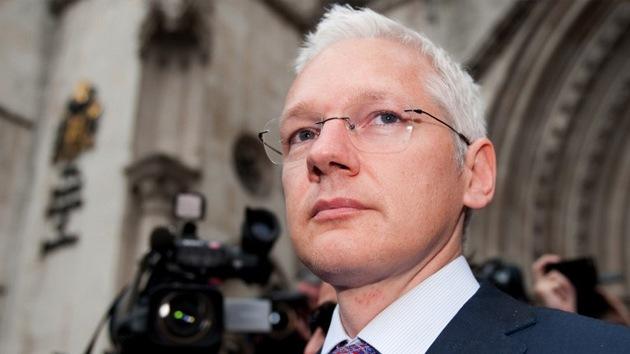"""""""El proceso contra Assange que lo llevaría a EE.UU. viola sus derechos"""""""
