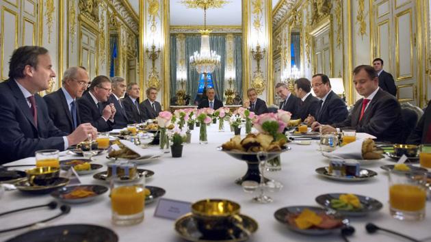 """Hollande : """"Francia intervendrá militarmente en Mali en el marco de la ONU"""""""