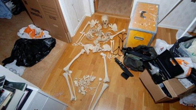 Libertad condicional para una sueca que supuestamente practicó sexo con un esqueleto