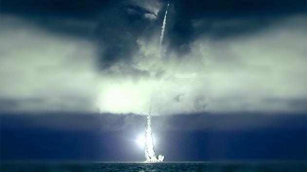 Declasificadas fotos del primer lanzamiento en salva de misiles Bulavá