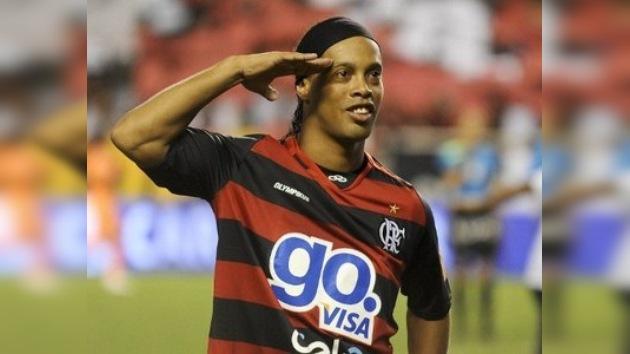 Ronaldinho vuelve a vestirse de verdeamarela