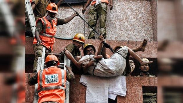 Decenas de muertos en el incendio de un hospital en India