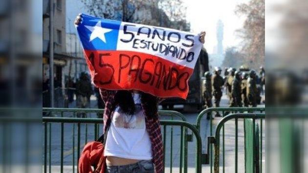 Chile lanza ley que permite reprogramar deudas de estudiantes morosos