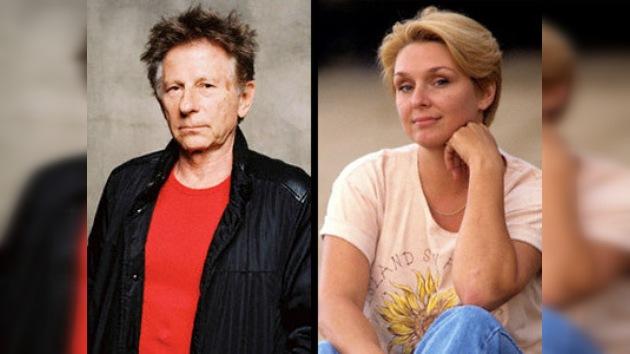 Roman Polanski fue acusado de nuevo de violación usando esposas y éxtasis