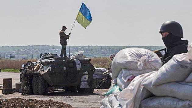 Militares ucranianos atacan con morteros los puntos de control en Slaviansk