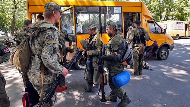 Ucrania: Las autodefensas se retiran de la ciudad de Kramatorsk