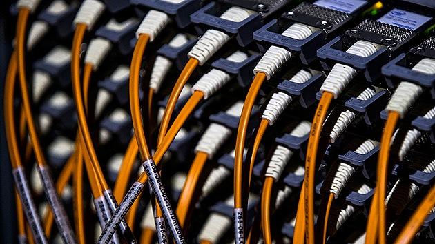 """Google: El espionaje de EE.UU. puede """"destrozar"""" Internet"""