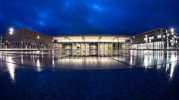 Berlín, incapaz de apagar las luces de su aeropuerto 'fantasma'