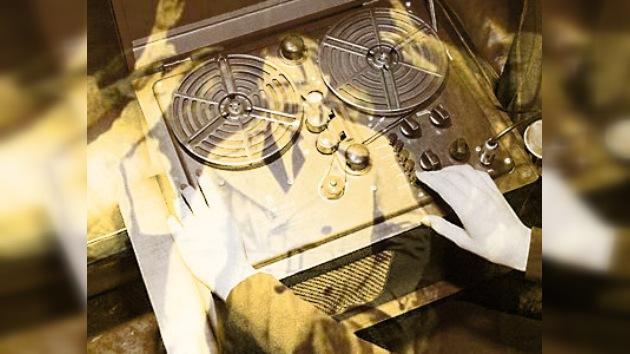Publicada la grabación de los oficiales que hallaron el cuerpo de Hitler