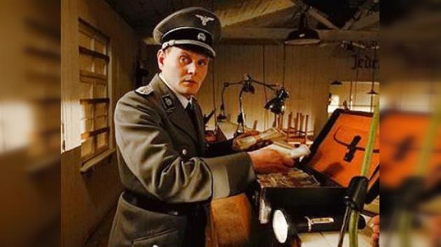Hitler planeó 'bombardear' Gran Bretaña con millones de... libras falsas