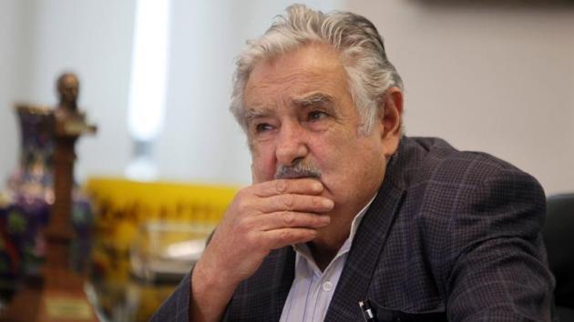 """Mujica dice que se sintió """"absolutamente solo"""" en su acercamiento a Argentina"""