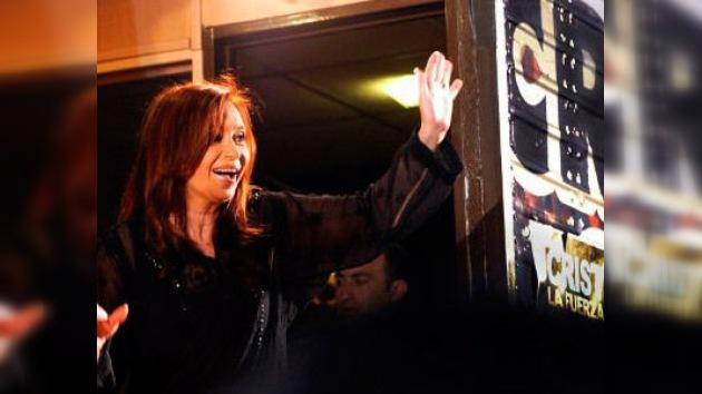 Cristina Fernández asume el liderazgo continental de Argentina con un ojo puesto en Brasil
