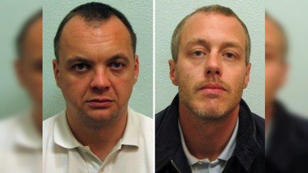 Dos asesinos racistas reciben sentencia en Reino Unido casi 20 años después