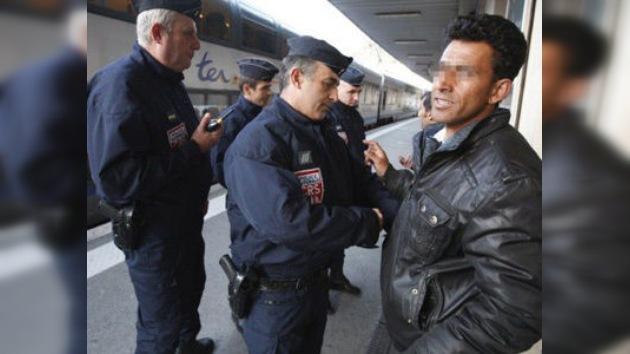 Francia podría suspender temporalmente el  Acuerdo de Schengen por los inmigrantes
