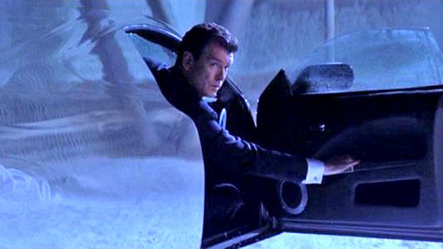 """Parque como James Bond: Criar dentro de um carro """"transparente"""""""