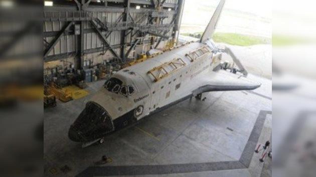 """Neil Armstrong considera """"lamentable"""" el fin de la era de los transbordadores"""