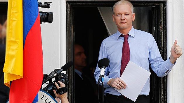 """Assange: """"Cumpliré mi promesa de presentar información sobre EE.UU. y sus aliados"""""""