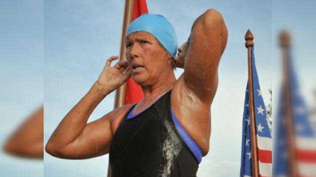 La nadadora Diana Nyad fracasa nuevamente en su intento de cruzar el Estrecho de Florida