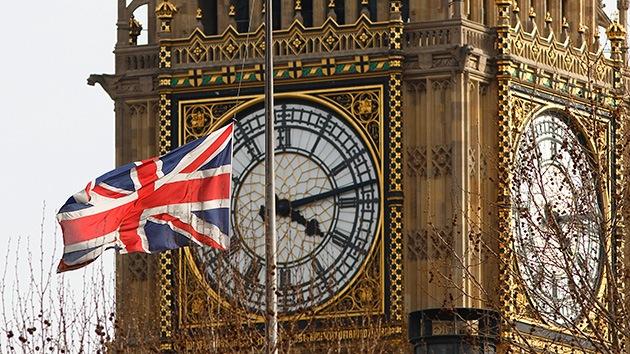 Reino Unido no asistirá militarmente a EE.UU. en su ataque a Siria, pero su espionaje sí
