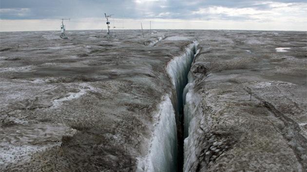 ¿Por qué es alarmante el hielo oscuro en Groenlandia?