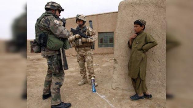 Un soldado británico apuñala a un niño afgano sin provocación alguna