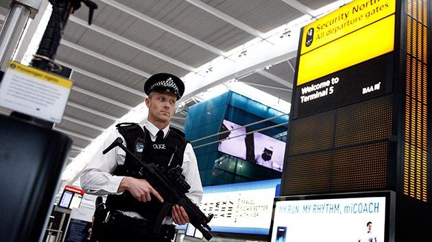 Reino Unido podría prohibir el equipaje a mano en aviones por el temor a atentados