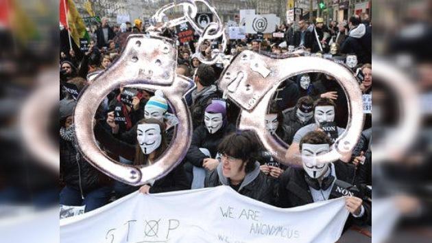25 detenidos en una operación contra la sección hispanohablante de Anonymous