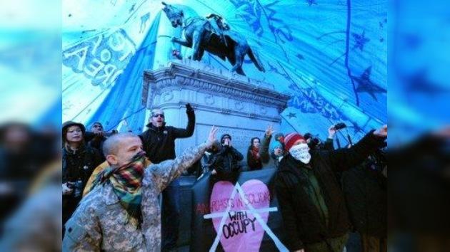 La policía quita el sueño a los indignados de Washington, que temen desalojos nocturnos