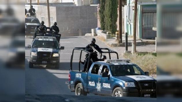 Matan a 18 personas y disparan a policías y reporteros en Ciudad Juárez