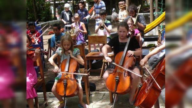 Costa Rica declara la guerra a la delincuencia juvenil con el violín en la mano