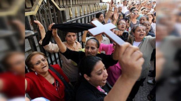 El conflicto confesional entre cristianos y musulmanes en El Cairo continúa cobrando vidas