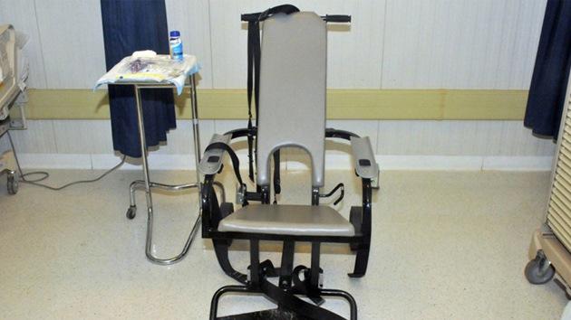 Revelan los 'instrumentos de tortura' usados en Guantánamo para la alimentación forzada