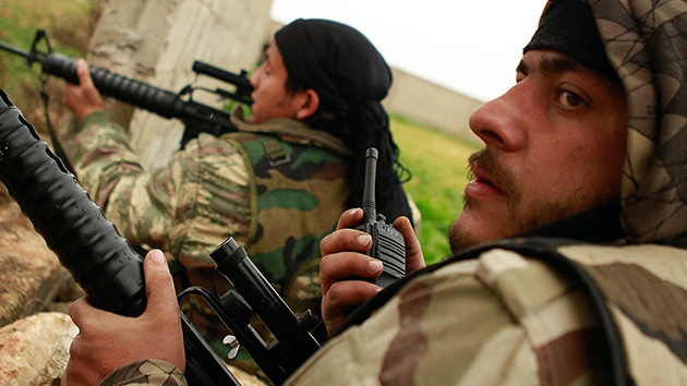 El Reino Unido y Francia quieren armar a los rebeldes sirios a pesar del escepticismo de la UE