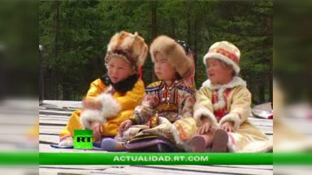 PUEBLOS AUTÓCTONOS DE RUSIA : LOS TELENGUIT