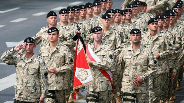 """El ministro de Defensa polaco quiere convertir a su país """"en un Israel"""""""