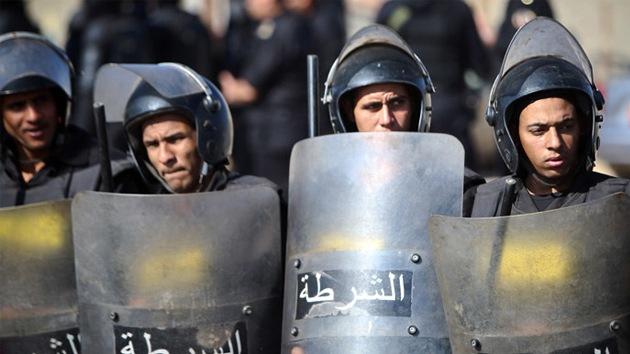 Al menos dos muertos en la protesta contra absolución de Mubarak en El Cairo