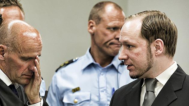 """¿Un """"triunfo de la democracia""""?: Un año después de la matanza, Breivik sigue sin condena"""