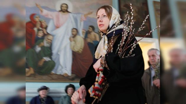 """Los ortodoxos rusos festejan el """"Domingo de Sauces"""""""