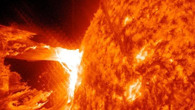 Después de la tormenta solar, llega la 'peligrosa' calma cósmica