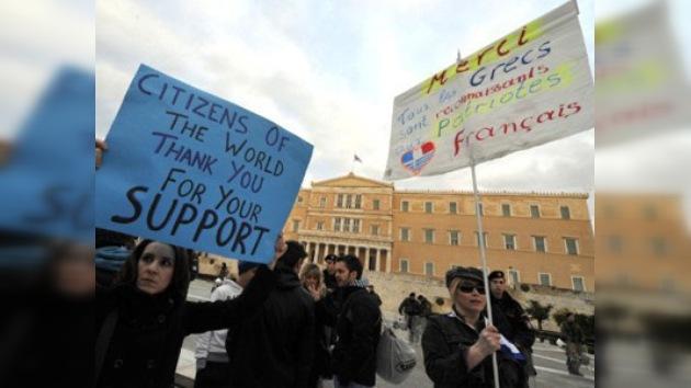 Grecia recorta 75 millones de euros en pensiones para cumplir con la Unión Europea