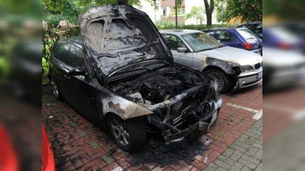 Arden 50 coches en Berlín en tres noches consecutivas