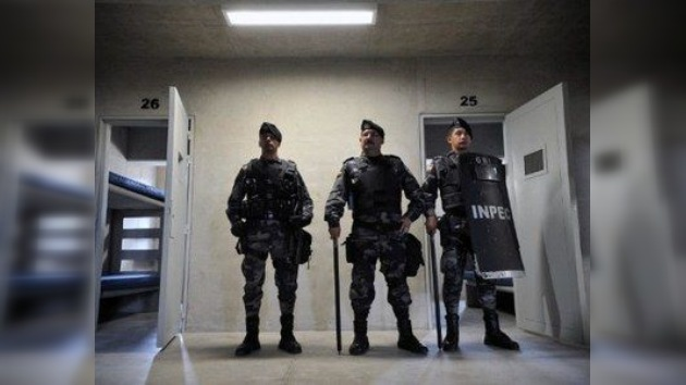 Prisioneros de la política: dos alcaldes colombianos juran su cargo desde la cárcel
