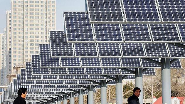 Empieza la 'guerra de celdas solares' entre China y EE.UU.