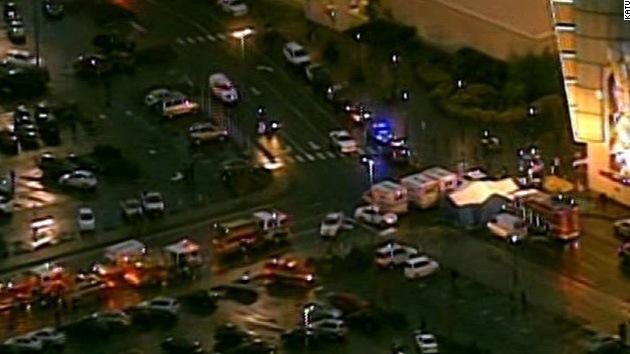 Tres muertos, incluido el asaltante, en un centro comercial de EE.UU.