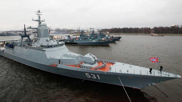 Un buque de guerra ruso pone en alerta a la Marina británica frente a la costa danesa