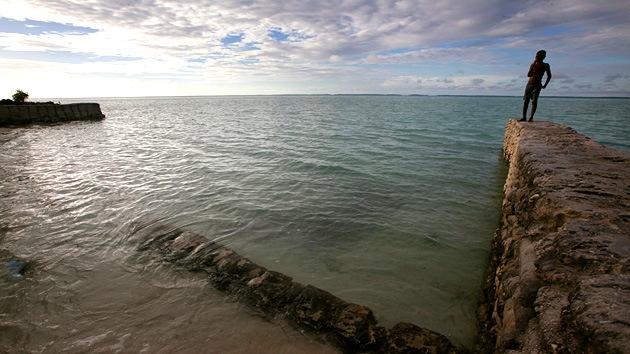 La pequeña isla de Kiribati se prepara para evacuarse antes de hundirse en el Pacífico