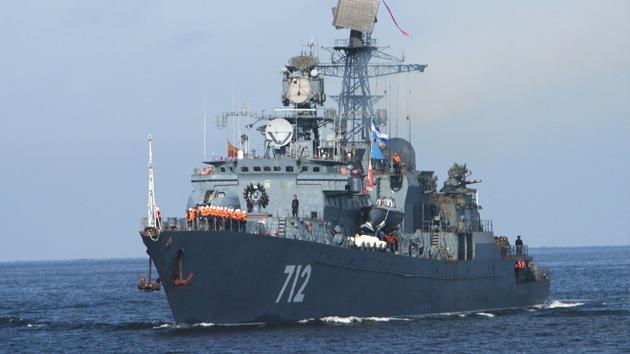 Naves de guerra rusas entran en el mar Mediterráneo
