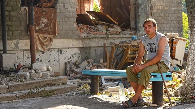 ¿Catástrofe humanitaria?: El este de Ucrania, sin suministros y bombardeado por Kiev